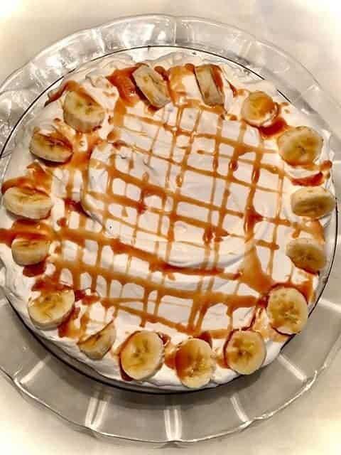 bananas foster cream pie